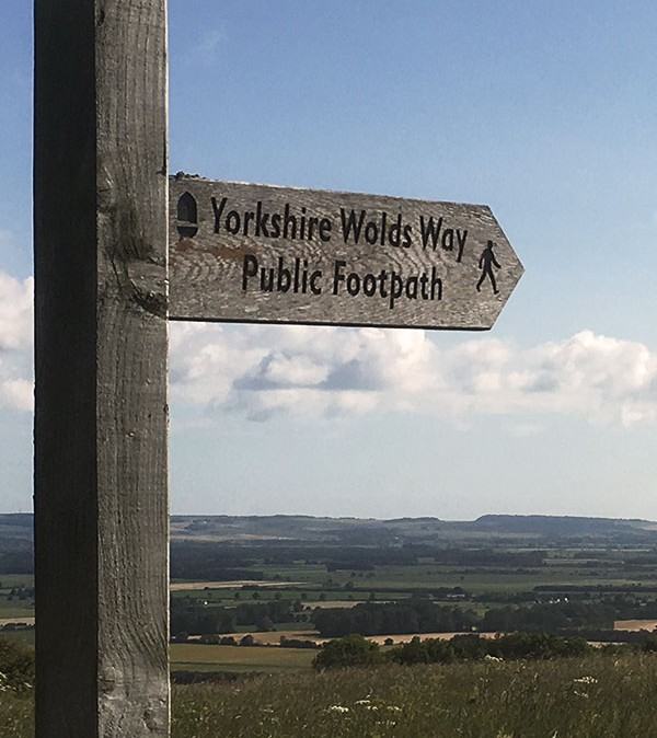 wolds-way-sign1